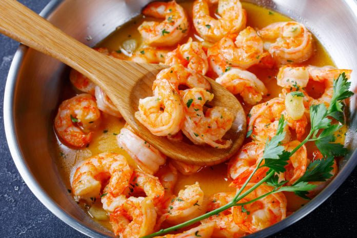 Brote de salmonela vinculado a un retiro de camarones.  - Food Poisoning News